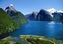 Nowa Zelandia. Moje marzenie aby tam pojechac:) Przepiekne pasmo górskie z najwyższym szczytem – Górą Cooka (3754 m n.p.m.) wulkany (z czego 3 sa aktywne) gejzery, gorace źródła...
