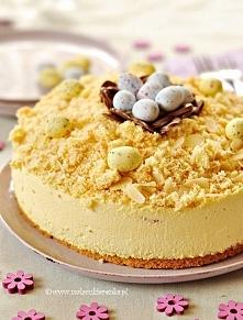 Tort śmietanowy z advocaatem   Składniki:  Biszkopt:  3 jajka, oddzielnie żół...