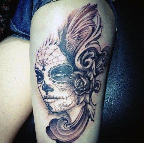 Tatuaże Dla Dziewczyn Na Udzie Na Tatuaże Zszywkapl