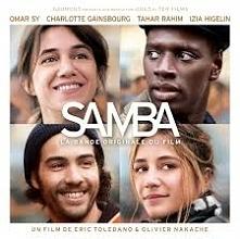 Samba (Sy) i Alice (Gainsbourg) pochodzą z dwóch różnych światów. On pracuje na zmywaku w paryskim hotelu, ona jest woluntariuszką, która po latach pracy w korporacji postanowił...