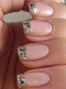 troche inny francuski manicure ;)