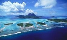 Galapagos - archipelag pochodzenia wulkanicznego na Oceanie Spokojnym.Składa się z 19 wysp oraz towarzyszących im wysepek i skał.Naleza do Ekwadoru. Wyspy charakteryzuja  sie pr...