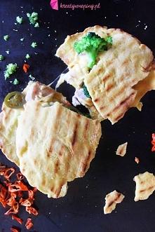 Kreatywne Piny; Domowa Quesadilla na ostro: z serem, kurczakiem, brokułami, c...