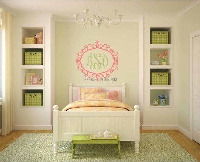 półki w ścianie