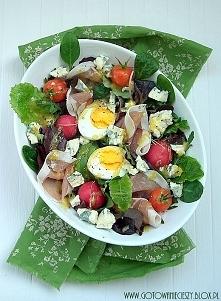 Wiosenna sałatka z jajkiem,...