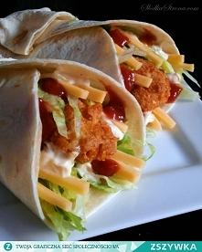 Domowe Snack Wrap z McDonald's - Składniki: 2 podwójne piersi z kurczaka 1 mała bułka + mleko do namoczenia 2 ząbki czosnku łyżka bułki tartej jajko przyprawy: odrobina chi...