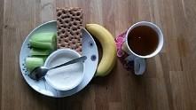 śniadanko - dzisiaj pierwszy dzień na diecie....