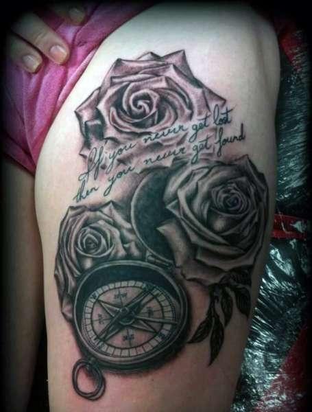 Tatuaż Róże I Kompas Na Tatuaże Zszywkapl