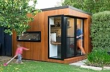 ••A Small Backyard Office b...
