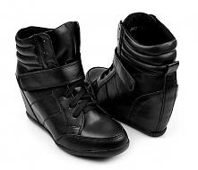 Poszukuję czarnych sneakersów w rozmiarze 38 (wkładka 24,5) ktokolwiek widział, ktokolwiek wie ;>