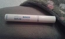 czy ktoś wyprobowal to serum z biedronki?  czy ono działa?  :)