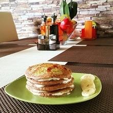orkiszowo-kakaowe pancakes ...
