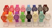 to ma taki zegarek? ja mam biały a wy?