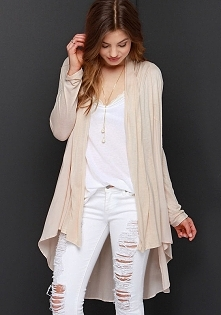 Dovetail knitted blouse