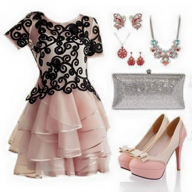 śliczna sukienka *.*