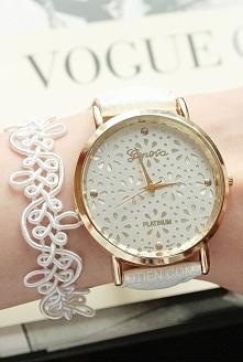 Przepiękny zegarek ze sklepu OTIEN