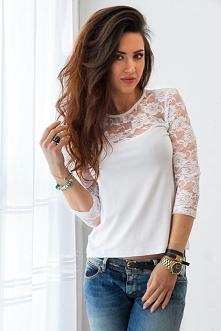 Na naszym FB pobierz rabat na zakupy! Kliknij w zdjęcie by przejść do sklepu. Biała bluzka z koronką.
