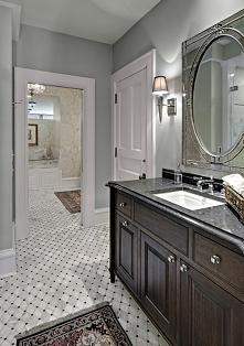 Prześliczna, marmurowa łazienka z fantastycznym lustrem i całą resztą... wszystko tu gra idealnie! Więcej inspiracji na blogu moojconcept .com ZAPRASZAM :)