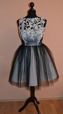 Tiulowa sukienka, tutu ze zdobioną koronką, dla druhny, świadkowej, panny młodej na poprawiny, dostępna w innych kolorach na zamówienie uszyta na indywidualne wymiary, więcej na...
