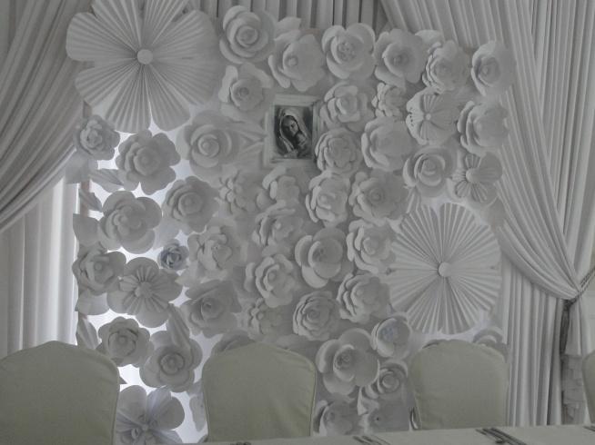 ścianka Z Papierowych Kwiatów Którą Robiłam Przez 2 Tygodnie