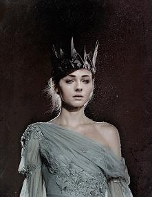 Sophie Turner *-*