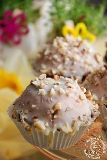Orzechowe muffinki z czekoladą  Przepis po kliknięciu w zdjęcie :)