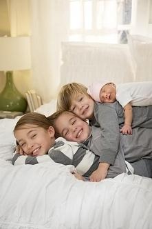 Składam Wszystkim zyczenia z okazji Dnia Dziecka - przecież Wszyscy jesteśmy dziećmi i zawsze nimi będziemy!