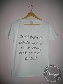 Koszulka, w całości ręcznie malowana specjalnymi farbami do tkanin. Do kupien...