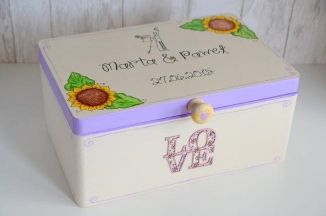 Kuferek na kartki ślubne - SUNFLOWER  Do kupienia w sklepie internetowym Madame Allure!   >>> link w komentarzu <<<