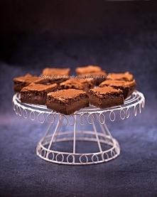 Czekoladowe ciasto budyniowe