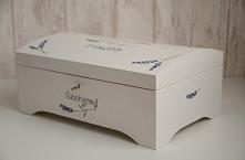 Lawenda - kuferek na kartki gości  Dostępny w sklepie internetowym Madame All...