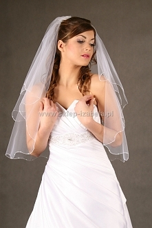 Welon, który łatwo wpiąć do fryzury ślubnej, idealny dla Panny Młodej planują...