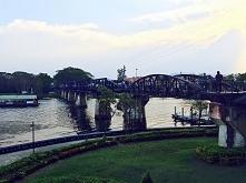 most na rzece Kwai, Kanchanaburi, Tajlandia  daisies.blog.pl