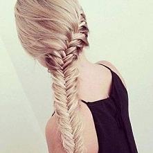 Co polecacie na zniszczone włosy? Jak dbać o nie? Proszę o pomoc!