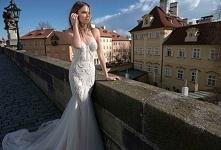 Berta Bridal F/W 2015 | Więcej na prettyday.pl