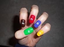M&M's nails omnomnonom
