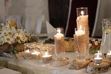 świece na stole