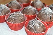 Przepis na pyszne czekoladowe babeczkki :) zapraszam już na blogu (link w kom)