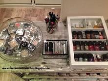 Jak przechowywać kosmetyki tak aby były elementami dekoracji pokoju!  Więcej ...