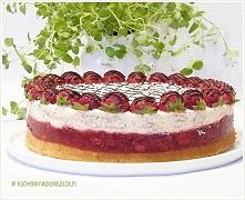 Sernik na zimno stracciatella z truskawkami (przepis po kliknięciu w zdjęcie)