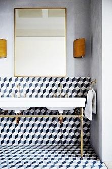 Kafelki cube fantastycznie prezentują się w tej łazience. Więcej na blogu moojconcept .com