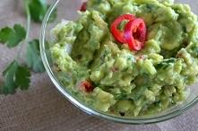 guacamole - pasta z awokado  przepis po kliknięciu w zdjęcie  daisies.blog.pl