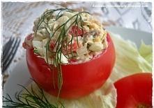 Pomidory faszerowane sałatką z makreli