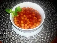 Przepis wegański  Ciecierzyca w pomidorach  Przepis po kliknięciu w zdjęcie o...
