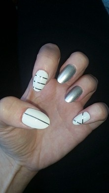 tasiemki na paznokcie :)