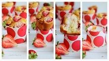 Muffiny z truskawkami i ricottą -  przepis na blogu Pełny talerz :)