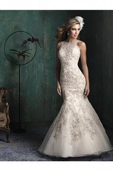 Allure Bridals Wedding Dress Style C344