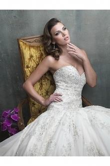 Allure Bridals Wedding Dress C301