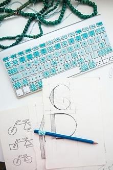 Naklejka na klawiaturę w kropki :)