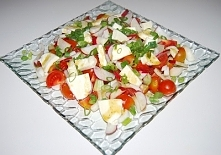 Sałatka pomidorowa z mozzarellą